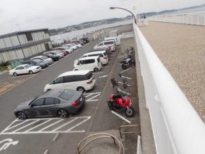 江の島 湘南港駐車場内 有料 二輪駐車場