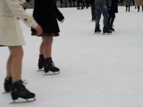 赤レンガスケート