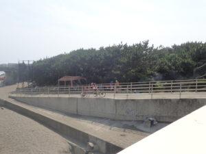 湘南海岸 日陰バーベキュー2