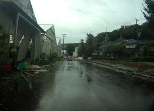 台風散乱物:家やハウス、物置など倒壊、一部倒壊