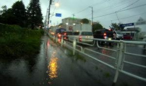 台風散乱物:道路水没
