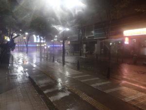 台風19号:アリーナ前