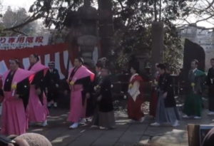 成田山新勝寺:節分会:芸能人・力士が通る順路道
